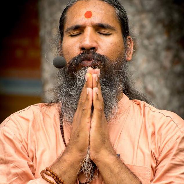 Portraitfoto von Swami Gurusharanananda
